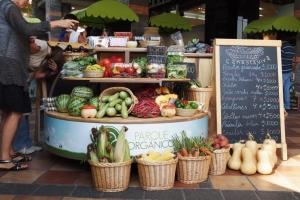 Mercado Organico Parque Arauco. Abril-Julio 2011.