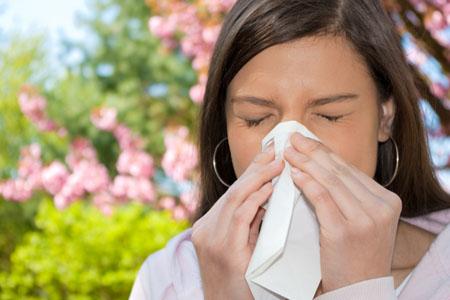 alergia-primaveral-agua-mineral