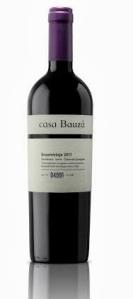 Casa Bauzá es el primer vino de la familia Bauzá, mezcla de Carmenere, Syrah y Cabernet Sauvignon.
